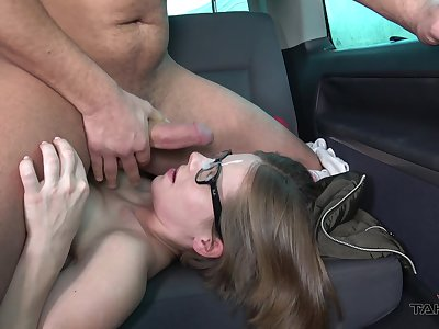 Girl rides and sucks unearth on the back seat in nerdy rump scenes
