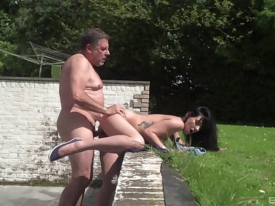 Old man shows this flaming young babe the real hand out