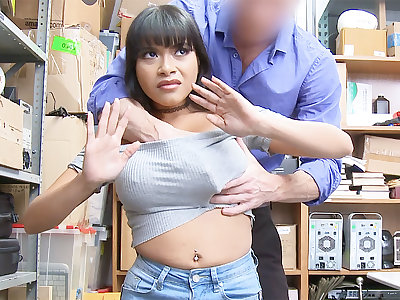 Guard bang and mortify huge-chested Latina after pilfering