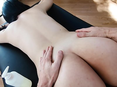 Teen neonate gets fucked so hard lose concentration she cums first