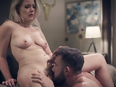Amateur blonde Lisey Sweet loves to recoil licked and fucked by the brush man