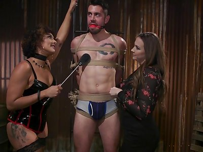 Hot mistress Chanel Preston and her assistant fuck one tied in the matter of submissive man